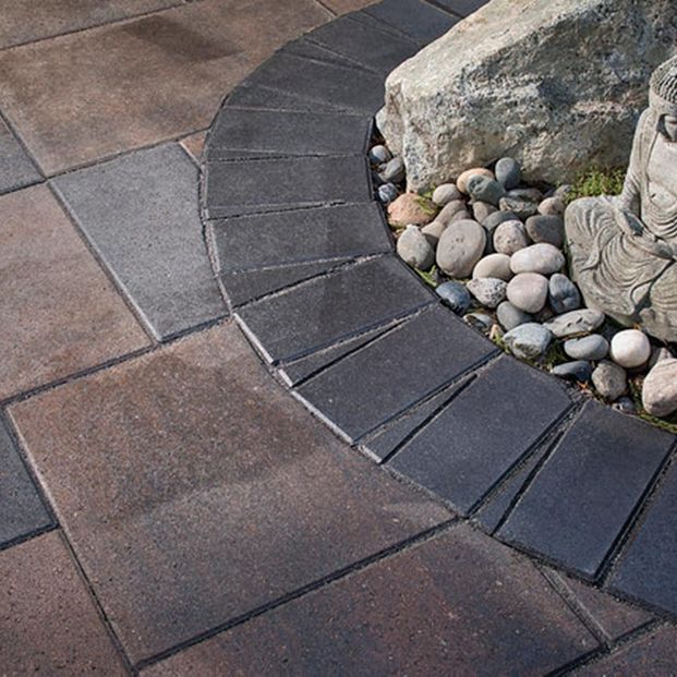 Pavers with edging